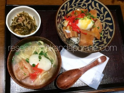 Soki soba Makanan Jepang Khas Okinawa
