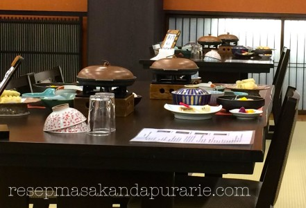 Makan malam di Ryokan Hakone -Liburan di  Jepang
