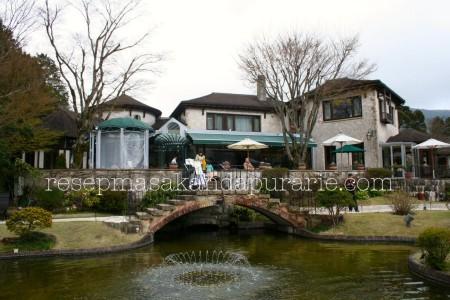 Cafe restaurant - 4 Hari Wisata Di Hakone (bagian 2)- Edisi Liburan di Jepang Day 8 to 11