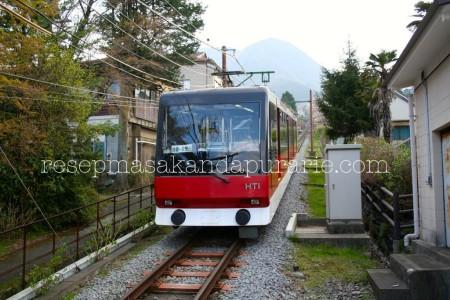 Cable car Hakone Jepang - 4 Hari Wisata Di Hakone (bagian 2)- Edisi Liburan di Jepang Day 8 to 11